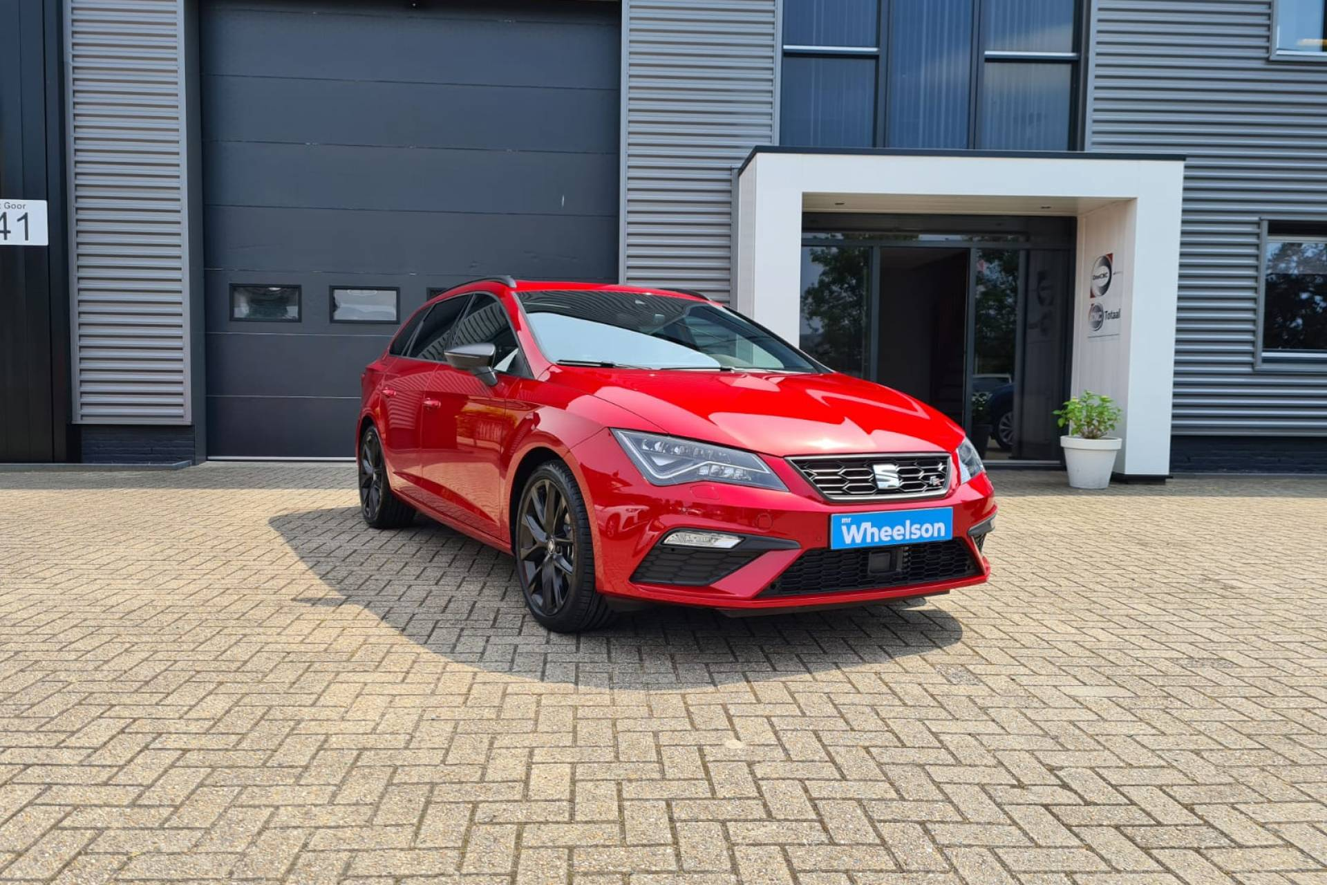 Seat Leon ST Ultimate Black Edition