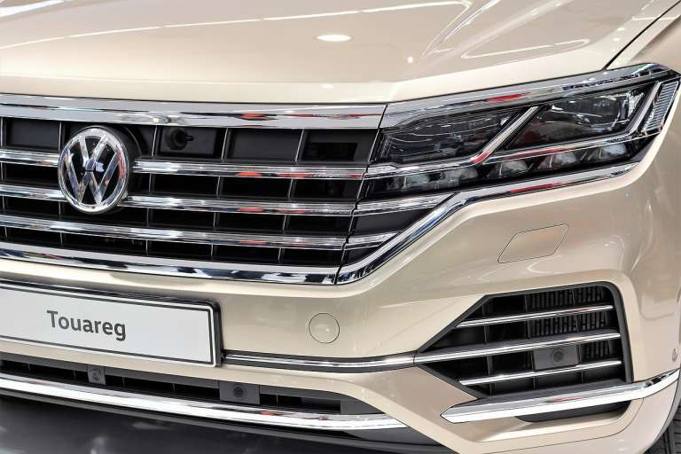 Volkswagen Touareg importeren financial lease